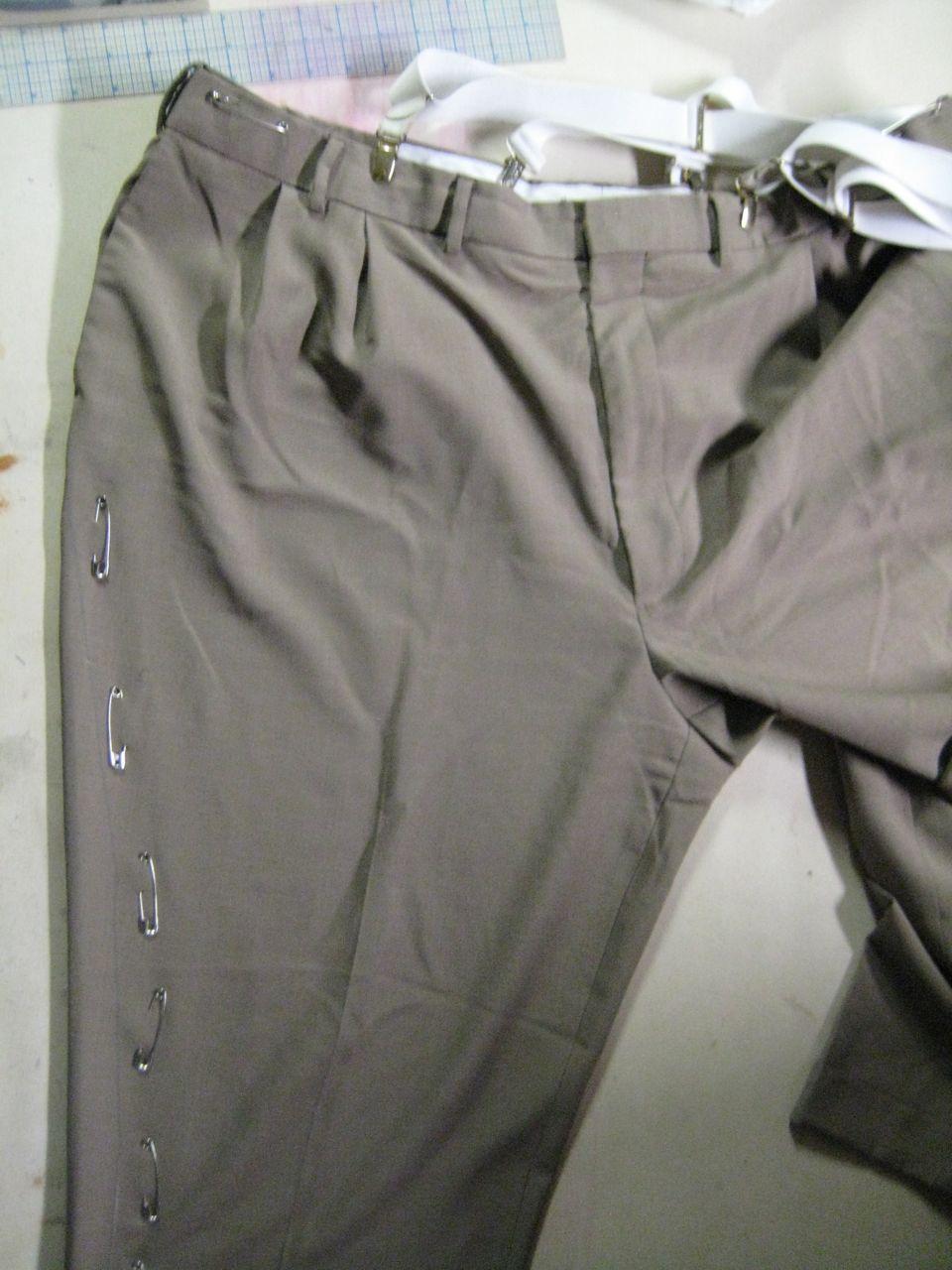 pinned trouser
